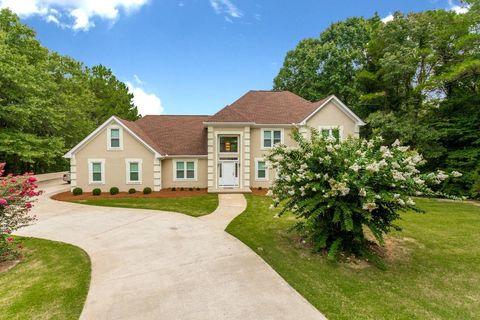 Wondrous Mcdonough Ga Houses For Sale With Swimming Pool Realtor Com Home Interior And Landscaping Eliaenasavecom