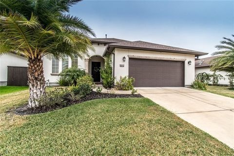 Corpus Christi, TX Homes With Special Features