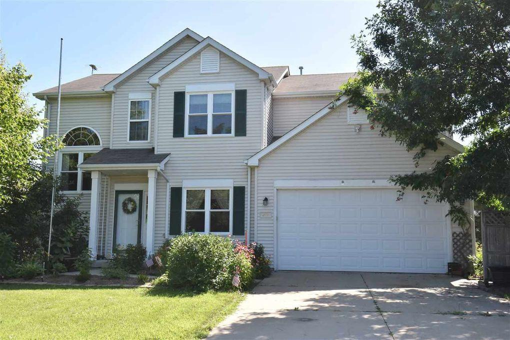 280 Brookstone Dr Lake Mills, WI 53551