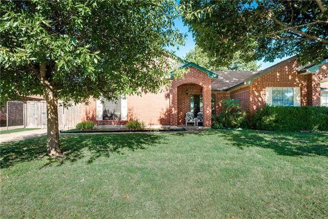 734 Lemons St Cedar Hill, TX 75104