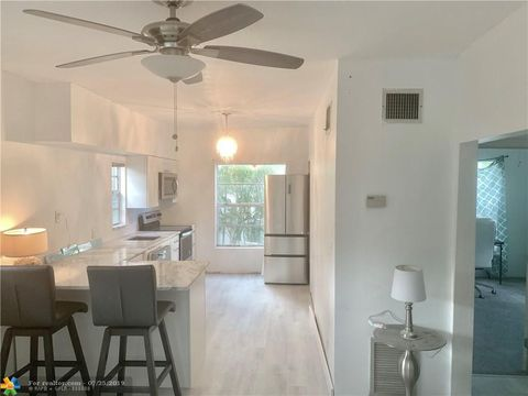 Photo of 708 Se 6th Ct Apt 3, Fort Lauderdale, FL 33301