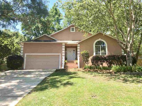 Photo of 4013 Harpers Ferry Dr, Tallahassee, FL 32308