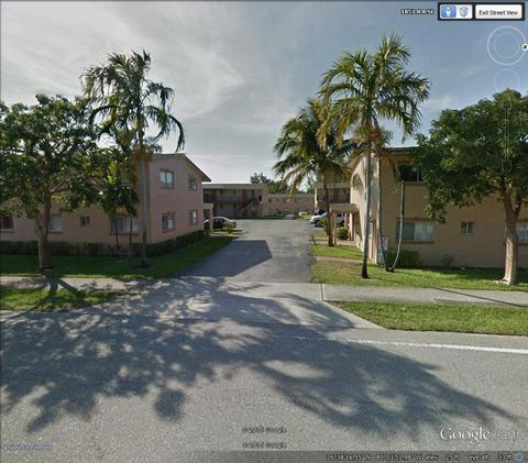 Photo of 1829 N A St, Lake Worth, FL 33460