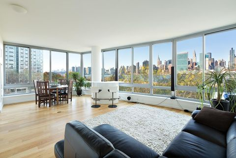 Photo of 46-30 Center Blvd Unit 205, Queens, NY 11109