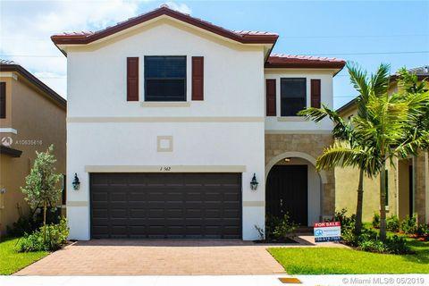 Photo of 10562 W 35th Way, Hialeah, FL 33018