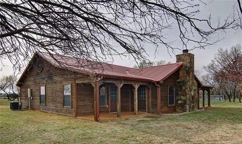 Photo of 359 Dunigan Rd, Olney, TX 76374