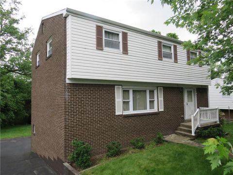 Photo of 620 Twin Oak Dr, Penn Hills, PA 15235