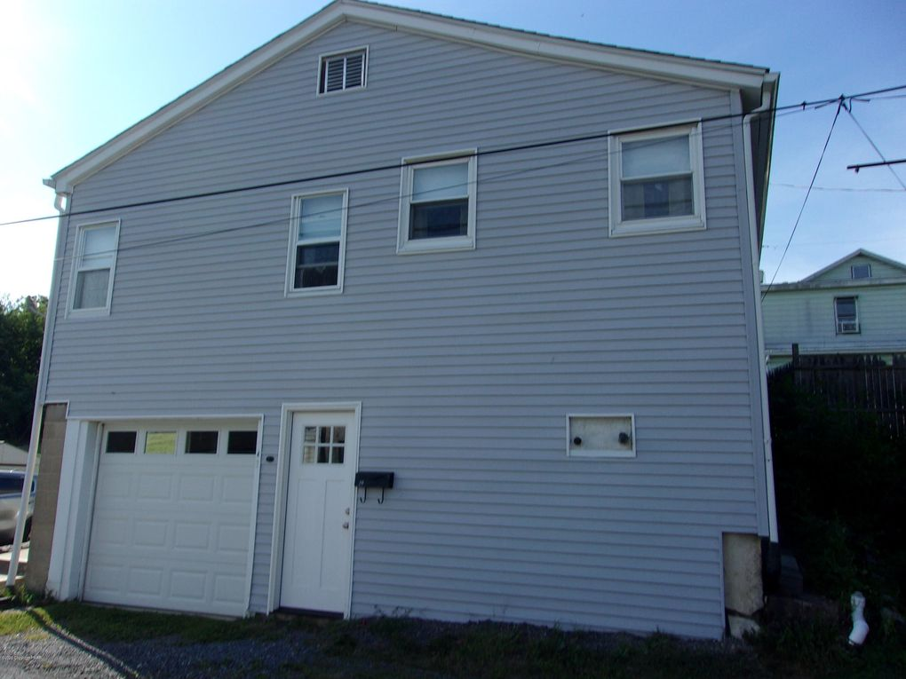 43 W Marconi Ave Nesquehoning, PA 18240