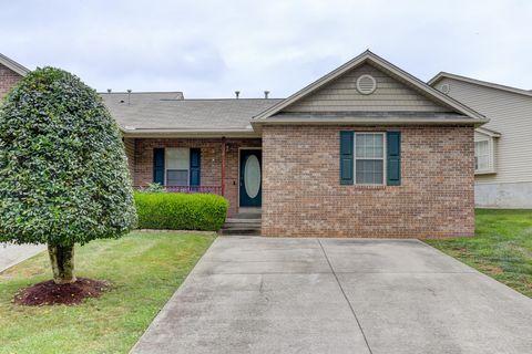 Photo of 8137 Pepperdine Way, Knoxville, TN 37923