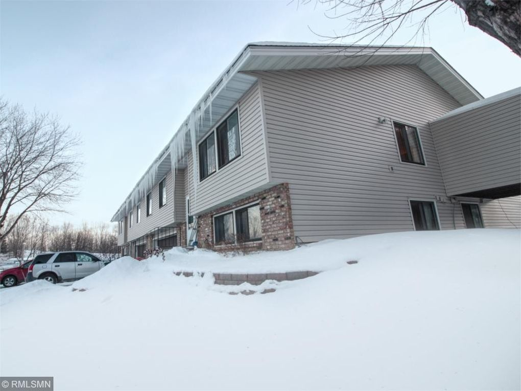 954 94th Ave NE Blaine, MN 55434
