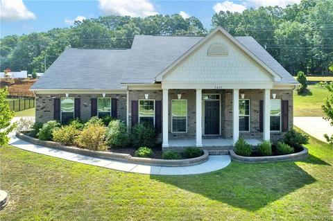 2025 Clover Hill Rd, Indian Trail, NC 28079