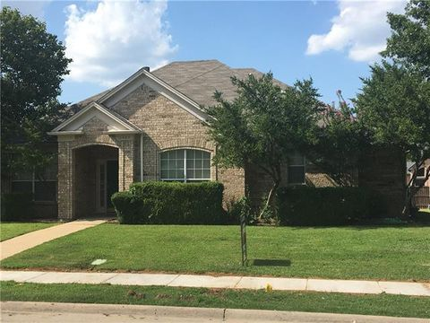 Photo of 1407 Summertime Trl, Lewisville, TX 75067