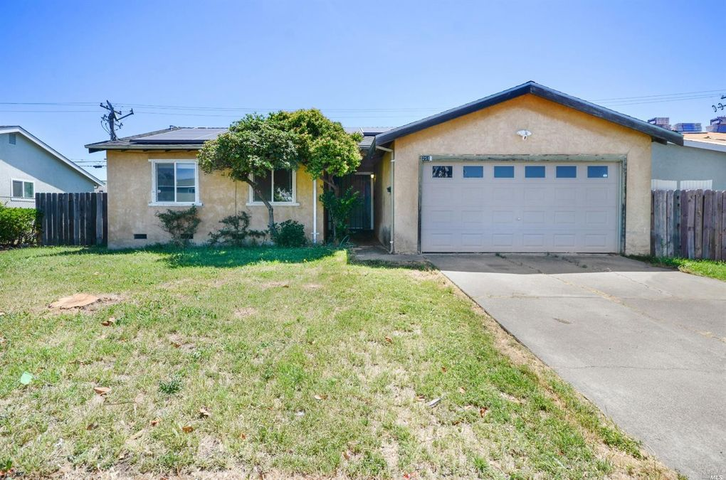 2516 Orchid St Fairfield, CA 94533