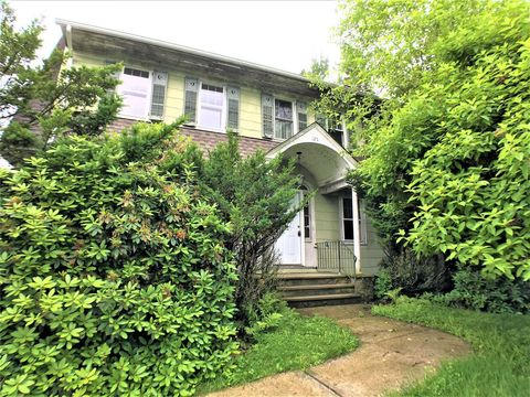 Photo of 125 Hooker Ave, Poughkeepsie, NY 12601
