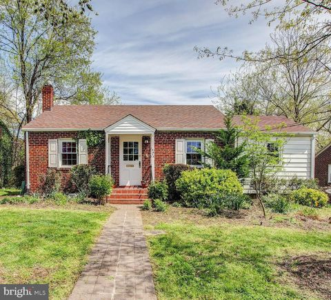 Photo of 6613 Gude Ave, Takoma Park, MD 20912
