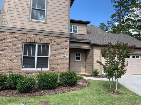 Photo of 151 Pine Branch Ct, Southern Pines, NC 28387