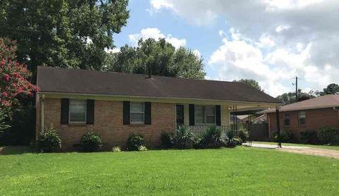 Photo of 3101 Beauchamp Dr, Memphis, TN 38118