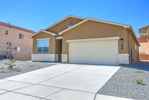 Photo of 18 Parador Rd, Los Lunas, NM 87031