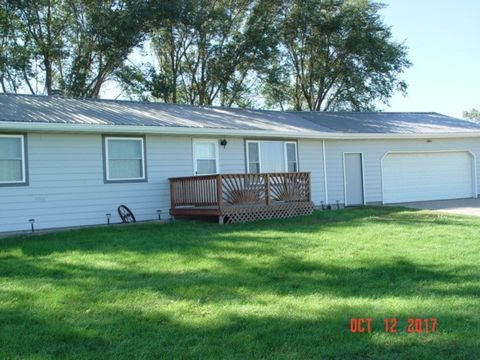 38695 294th St, Lake Andes, SD 57356