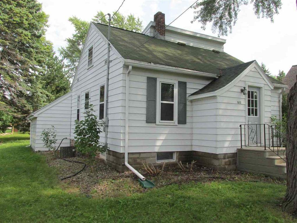 1612 S Perkins St, Appleton, WI 54914