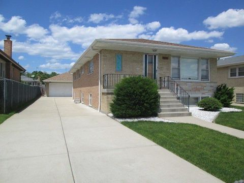 8352 W Catherine Ave, Chicago, IL 60656