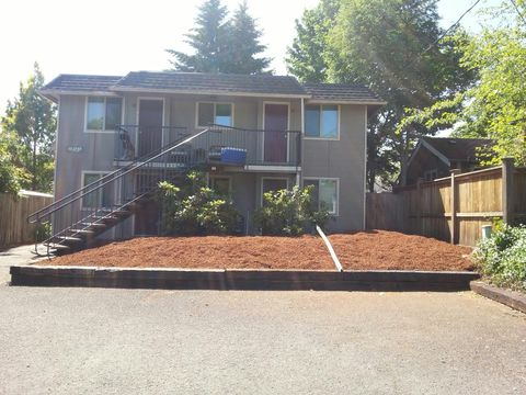 Photo of 528 Tyler St Apt 13, Eugene, OR 97402