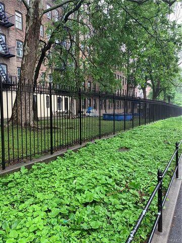 Bronx Ny Land For Sale Amp Real Estate Realtor Com 174