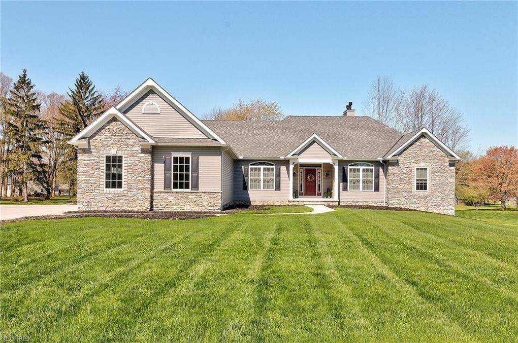 2532 Maple Hill Rd Willoughby Hills Oh 44094 Realtor Com