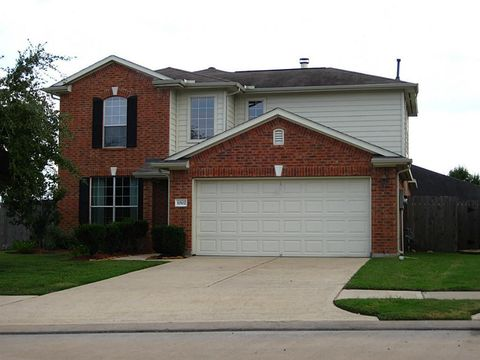 Photo of 11502 Shoal Creek Ct, Pearland, TX 77584