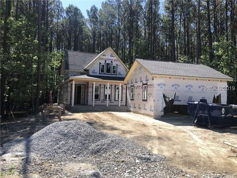 Photo of 20 Blue Trail Ct, Bluffton, SC 29910