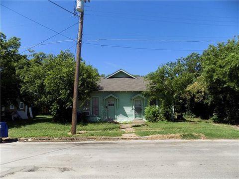 Photo of 1309 1st St, Brownwood, TX 76801