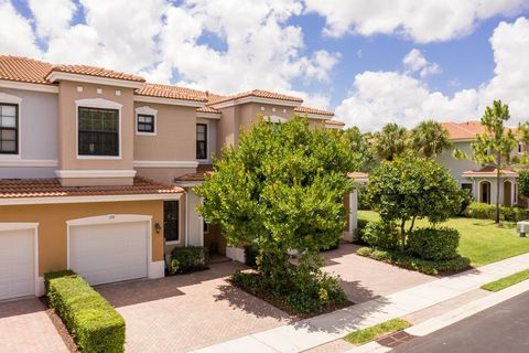 Photo of 158 Gramercy Square Dr, Delray Beach, FL 33484