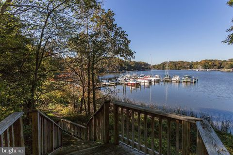 Photo of 219 Lees Ln, Edgewater, MD 21037