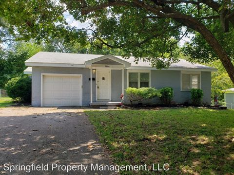 Photo of 3266 S Parkview Ave, Springfield, MO 65804