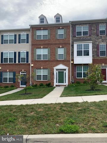 Photo of 13049 Sheffield Manor Dr, Silver Spring, MD 20904
