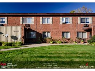 Photo of 21970 River Oaks Dr Unit 6, Rocky River, OH 44116