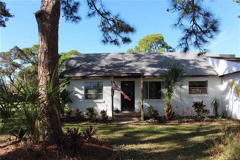 Photo of 1810 Chadwick Rd, Englewood, FL 34223