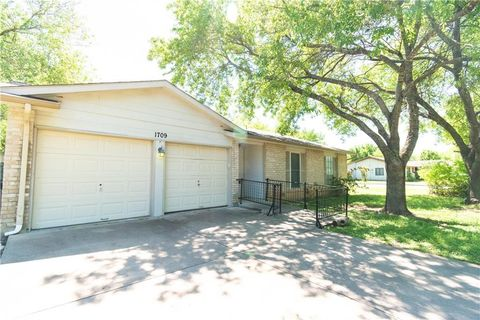 Photo of 1709 W Mesa Park Dr, Round Rock, TX 78664