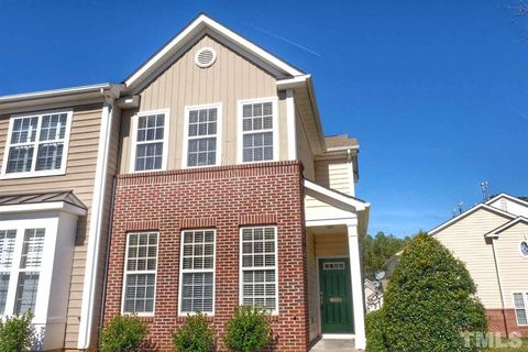 Photo of 5310 Crescentview Pkwy, Raleigh, NC 27606