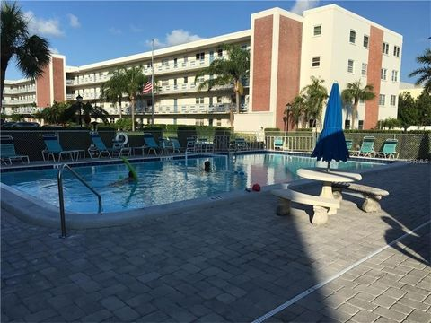 5575 Gulf Blvd Apt 222, Saint Pete Beach, FL 33706