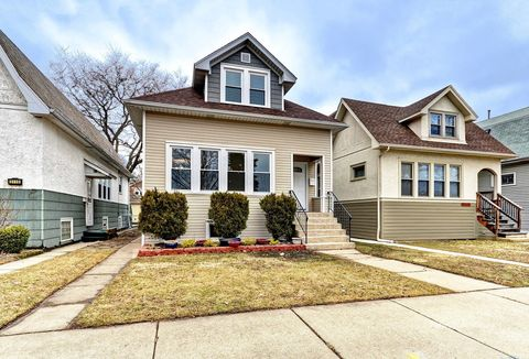 Photo of 5112 N Kilbourn Ave, Chicago, IL 60630