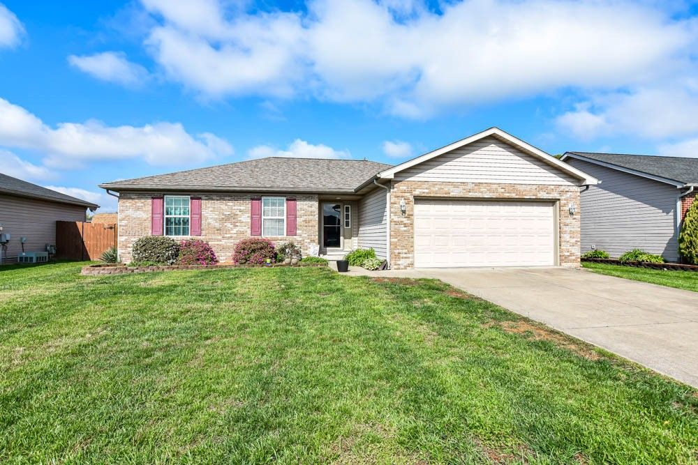12824 Cold Water Dr Evansville, IN 47725