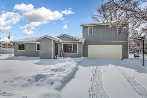 Photo of 10 Cheyenne Ave, Carbondale, CO 81623