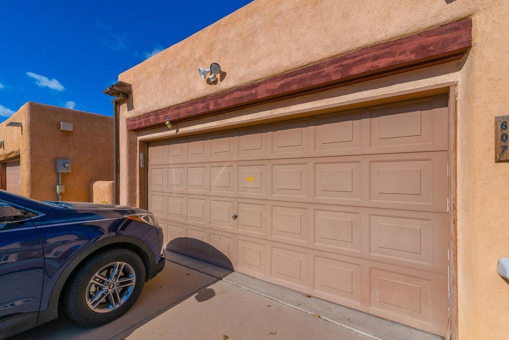 607 Avenida Montoya NE Los Lunas, NM 87031