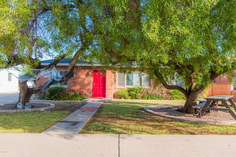 Photo of 1436 E Monte Vista Rd, Phoenix, AZ 85006