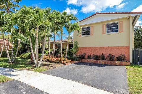 Photo of 10801 Sw 102nd Pl, Miami, FL 33176
