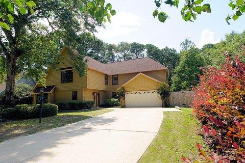 812 S Turnberry Cv, Niceville, FL 32578