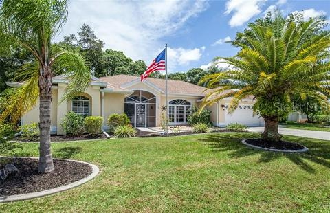 422 Lake of the Woods Dr, Venice, FL 34293
