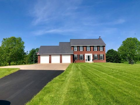 Photo of 24620 W Cedar Lake Dr, Helena Township, MN 56071
