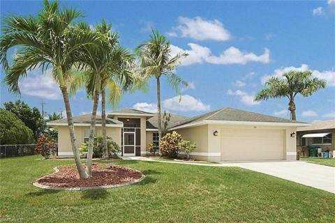232 SW 37th Ln, Cape Coral, FL 33914
